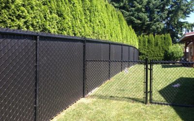 New Vinyl Privacy Fence, Fence Repair - Free Estimates